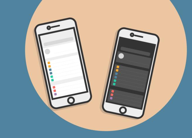 El modo oscuro y sus beneficios se muestran en dos celulares.