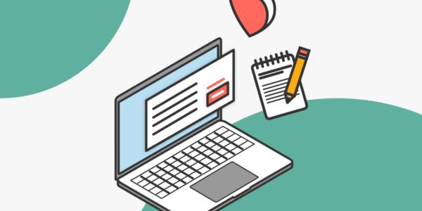 Un computador con texto en su pantalla, refleja es trabajo de UX Writing para Blog IDA.