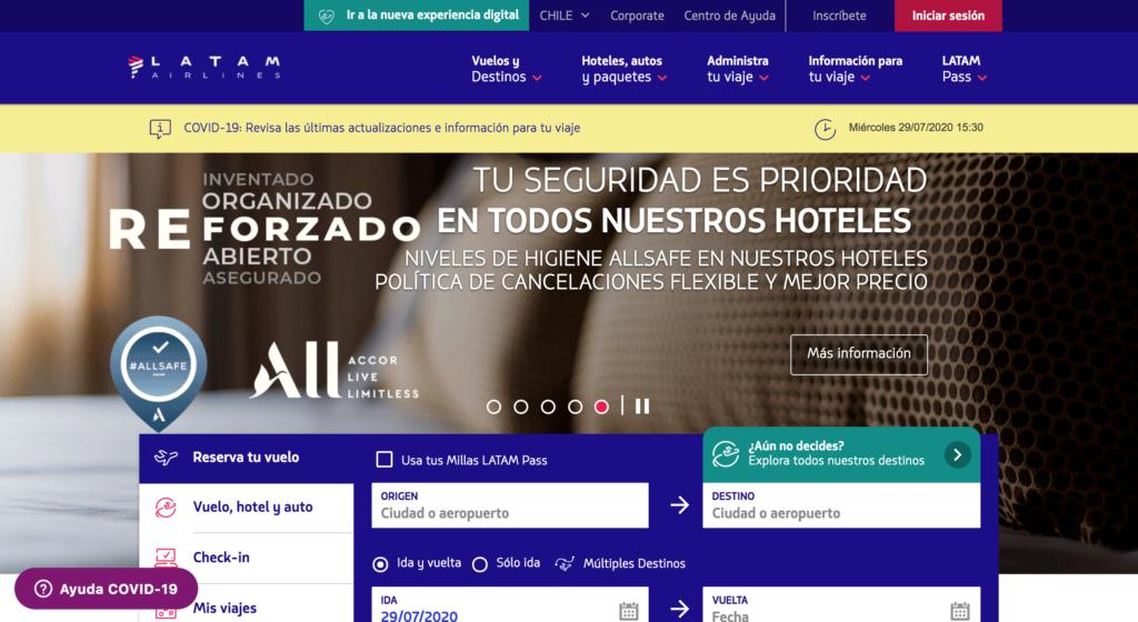 Homepage de Latam con información sobre vuelos y seguridad frente a Covid.