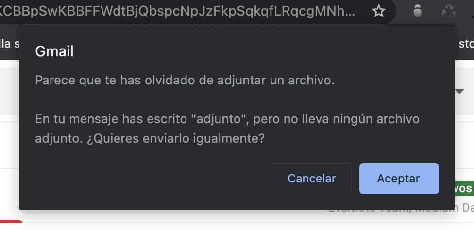 Mensaje emergente de Gmail al no adjuntar un archivo.