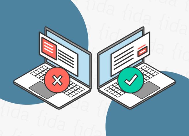 Dos computadores con texto en los ellos. El primero mal ejecutado, mientras que en el segundo se lleva a cabo correctamente, demostrando un correcto UX Writing.