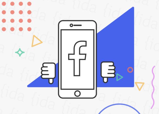 Aplicación de Faceboook con pulgares que apuntan hacia abajo.